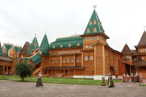Дворец царя Алексея Михайловича в музее-заповеднике Коломенское.  Архив.