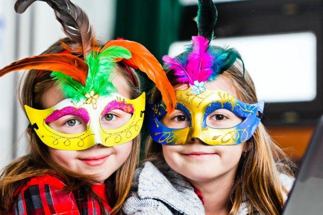 Карнавальные маски для ребенка своими руками фото