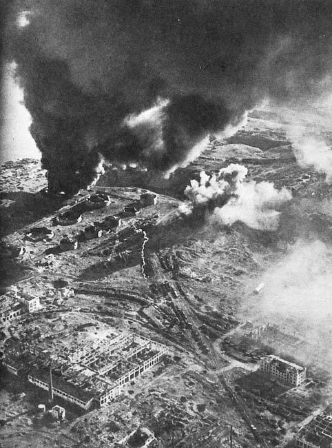 Сталинград в огне, 1942 г.