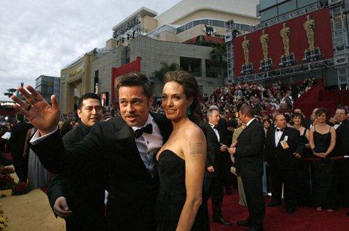 Оскар 2008 Анджелина Джоли и Брэд Питт