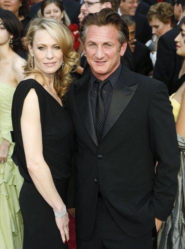 Оскар 2008 Шон Пенн с супругой Робин Райт Пенн