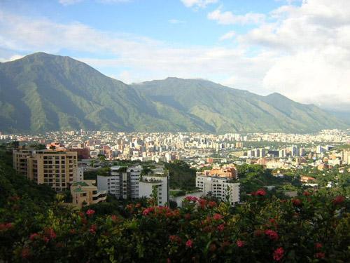 Самые дорогие города мира 15 место Каракас, Венесуэла (89)