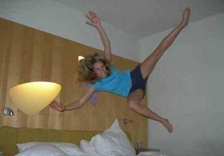 Попрыгуньи на постелях