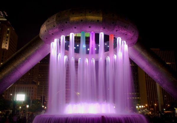 Красивейшие фонтаны мира Фонтан Горация Доджа (Horace Dodge) в Детройте, штат Мичиган