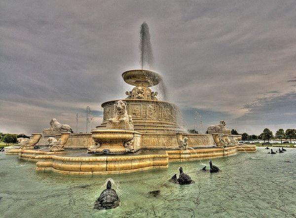 Красивейшие фонтаны мира Фонтан Скотт (Scott), Детройт, Мичиган