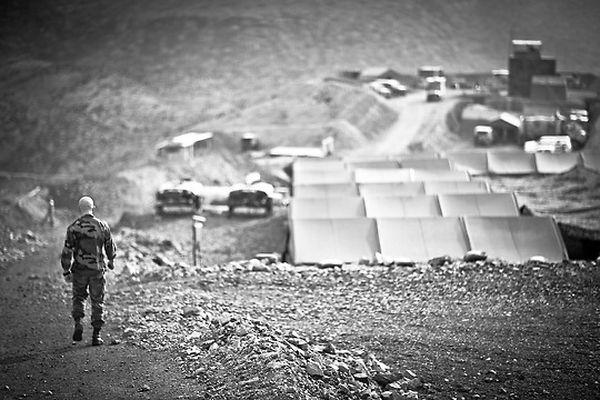 Французский Легион Палатки легионеров, разбитые посреди пустыни.