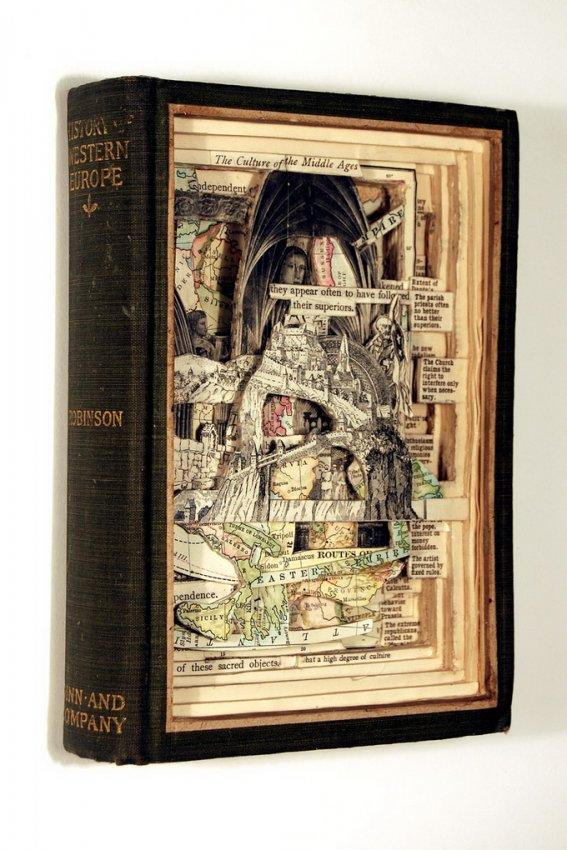 Книги - объект искусства
