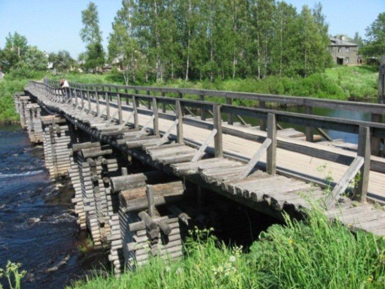 Олонец - древнейший город Карелии Оригинальные и неповторимые черты Олонцу придают его многочисленные мосты