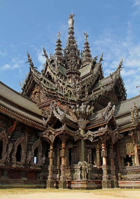 Храм истины в Паттайе (Таиланд)