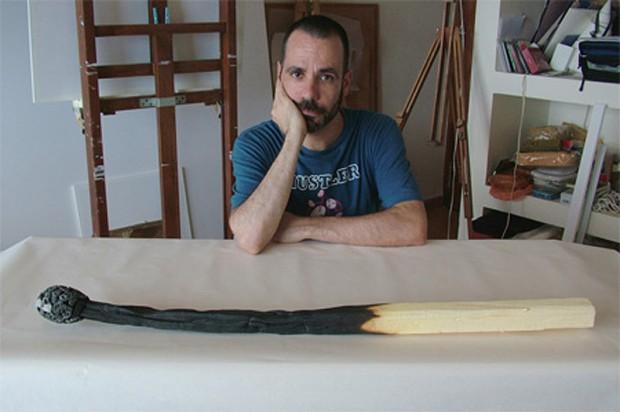 20 очень больших предметов Гигантская спичка испанского дизайнера Ромула