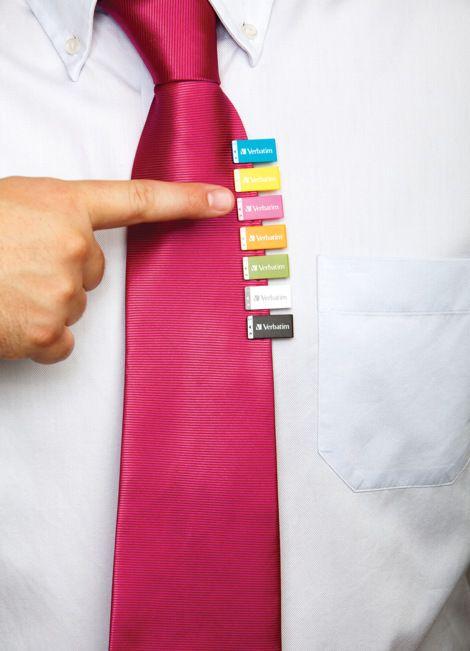 Креативные вещички Флешка-скрепка. Удобно носить и всегда под рукой
