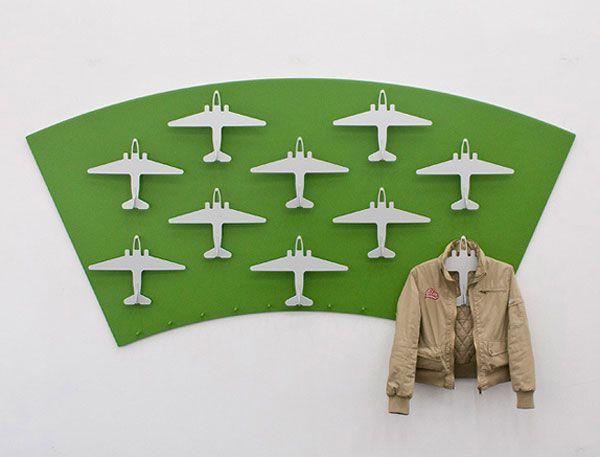Креативные вещички Для лётчиков, ангар для одежды