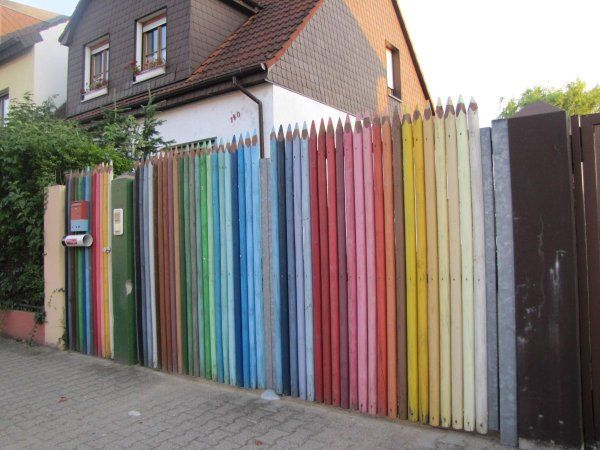 Креативные вещички Забор вокруг дома
