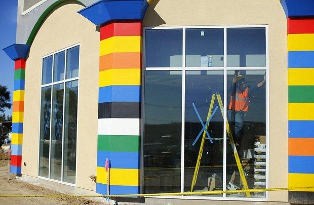 В Калифорнии строится отель в стиле Lego Отделочные работы.