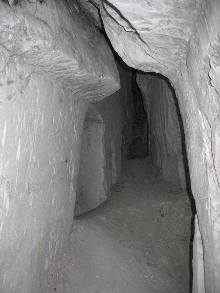 Горы Воронежской области Белогорские пещеры