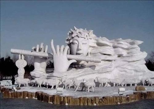 Скульптуры из снега