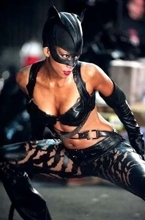 25 грандиозных кинопровалов  Женщина - кошка, 2004 год, бюджет $100 миллионов , сборы $ 40,2 миллиона