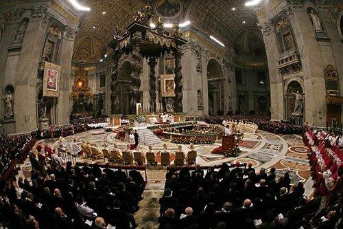 Лучшие Рождественские фотографии Ночная рождественская месса в Ватикане
