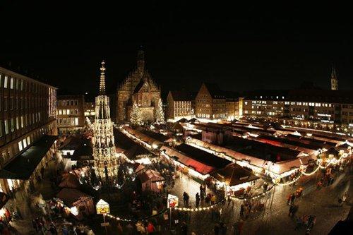 Лучшие Рождественские фотографии Рождественская ярмарка в Нюрнберге, Германия
