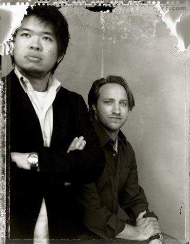 Лучшие фото года. Vanity Fair Основатели YouTube Стив Чен и Чад Херли. Photograph by Christian Witkin