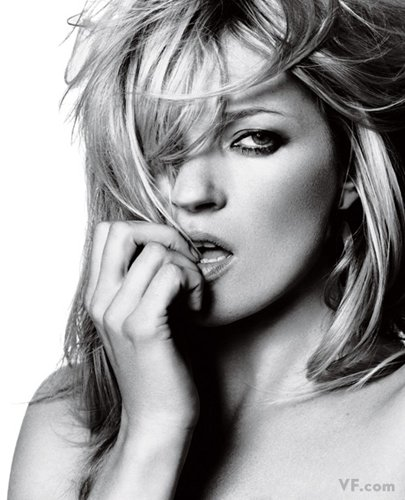 Лучшие фото года. Vanity Fair Кейт Мосс. Photograph by David Bailey; styled by Mouchette Bell