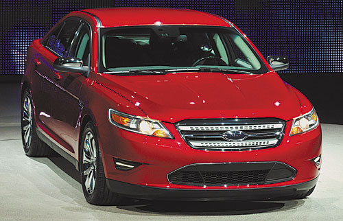Суперхиты автосалона в Детройте Обновленная версия Ford Taurus