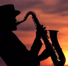 Любители джаза и трудоголики наиболее активны в сексе.