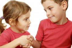 Мир, дружба, жвачка, или Как примирить детей при маленькой разнице в возрасте?