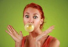 Жвачка поможет увеличить бюст