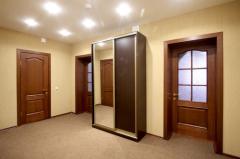 Как установить межкомнатные деревянные двери?