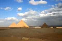 Что скрывают пирамиды Египта?