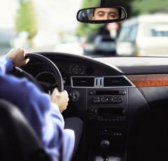 Ко Дню автомобилиста: пассажир, ты зачем отвлекаешь водителя?