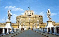 Почему у замка Ангела такое мрачное прошлое? Немного о римских папах и римских девушках