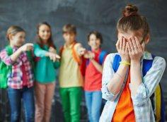 Как защитить своего ребенка от подростковой агрессии?
