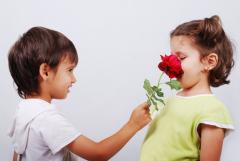 Подарки: зачем их друг другу дарить?