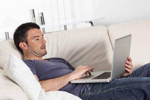 Карьера на диване