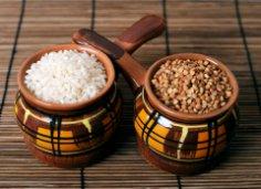 Какие каши не только вкусны, но и болезни лечат? Рисовая и гречневая