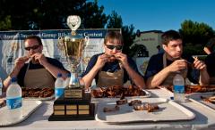 Голод напротив обжорства. Зачем людям нужны пищевые конкурсы?