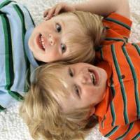 Иметь брата-близнеца опасно для жизни