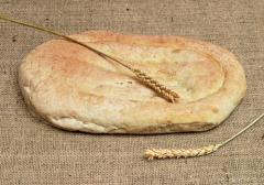 Как пекут армянский лаваш в домашних условиях и с чем его едят?