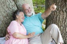 День пожилого человека. Как нам сберечь бабушек и дедушек?