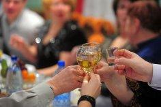 Как правильно пить в новогоднюю ночь