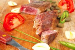 Опасности на вашей кухне: как избежать пищевых отравлений?