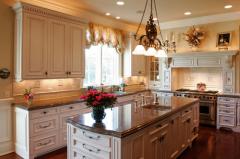 Гранит. Как облагородить интерьер кухни?