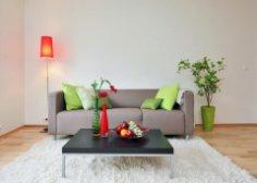 Как без лишних затрат обновить интерьер квартиры?