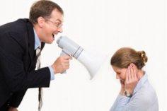 Острый язык - главный инструмент начальника