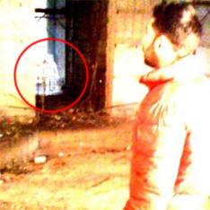 Девочка-призрак ворует бетон со стройки
