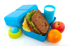 Чем кормить ребёнка в школе?