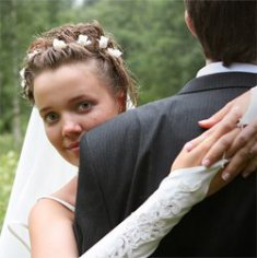 Почему брак продлевает жизнь мужчинам и сокращает женщинам