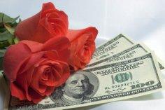 Финансовые проблемы влияют на отношения: как уберечь семью от развода?